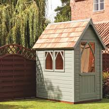 How To Make A Small Outdoor Shed by The 25 Best Garden Shed Interiors Ideas On Pinterest Potting