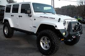 white 4 door jeep wrangler 2014 jeep rubicon white