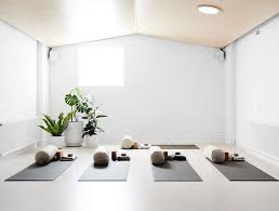 best 25 yoga studio interior ideas on pinterest yoga studio