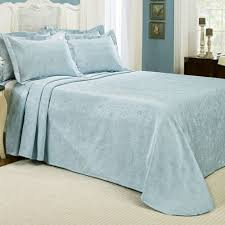 Ivory Quilted Bedspread Bedroom Make Your Bedroom More Lovely With Matelasse Bedspreads