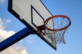 panier de basket chambre installer panneau de basket à la maison lizou fr