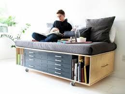 canapé avec lit tiroir où trouver votre lit avec tiroir de rangement salons flats and