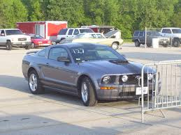 ford mustang gt weight 2007 ford mustang gt automatic 1 4 mile drag racing timeslip