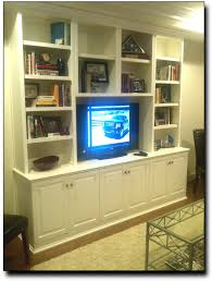 Built In Bookshelves Around Tv by Classic Built In Cabinet Around Tv For Built In Tv 3000x4000