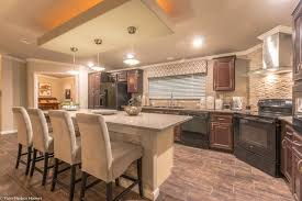 stunning kitchen in the new la belle vr41764d model by palm harbor