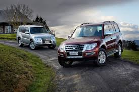 mitsubishi pajero old model 2015 mitsubishi pajero exceed di d review long term practical