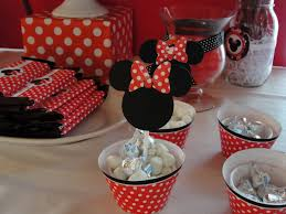 minnie mouse birthday decorations 33 minnie mouse themed candy buffet ideas table decorating ideas