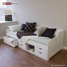 chambre enfant bois massif cuisine lit enfant tiroirs blanc x en bois massif gigogne banquette