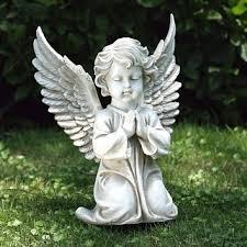 praying cherub with open wings statue