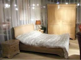 chambre à coucher en chêne massif d un style romantique cette chambre à coucher johanne en chêne massif