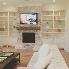 Fireplace Mantels For Tv by Best 20 Brick Fireplaces Ideas On Pinterest U2014no Signup Required