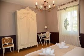 chambres d hotes remy de provence chambres d hôtes et gîtes de charme la maison de line chambres d