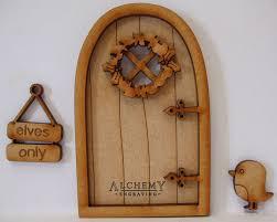 christmas robin 3d fairy door wooden craft kit elves only sign