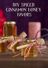 honey favors diy spiced cinnamon honey favors cinnamon infused honey recipe