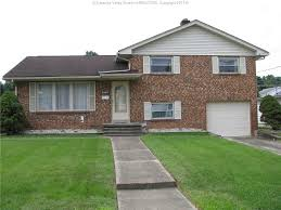 Tri Level Home by 1915 Lincoln Avenue Saint Albans Wv 25177 159 900 Presented