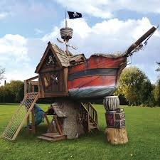 the pirate ship playhouse pursuitist