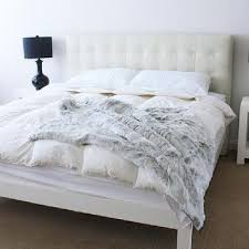 modern queen size bed with tufted headboard overstock com