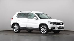 volkswagen tiguan black used volkswagen tiguan 2 0 tdi bluemotion tech se 5dr white