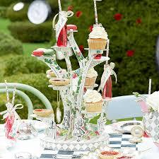 a pretty english tea party wedding theme
