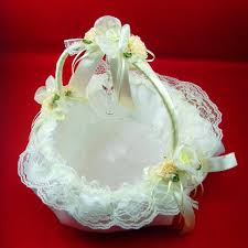 wedding baskets flower girl wedding baskets wedding corners