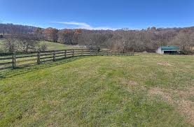 3807 cecil farm rd mt pleasant tn home and horse property for sale