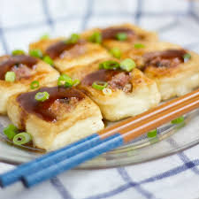 hakka cuisine recipes hakka stuffed tofu 釀豆腐 saucy spatula