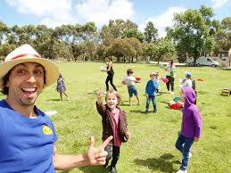clown show for birthday party sixth birthday party with adelaide childrens entertainment