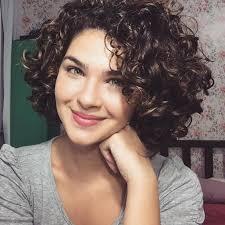 short cuely hairstyles women s cute short curly hairstyles for 2017 spring hairstyles