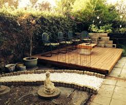How To Build A Wood Patio by Wood Pallet Backyard Deck 4 Steps With Pictures