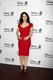 nigella lawson get ready for nigella lawson s new cooking show at my table