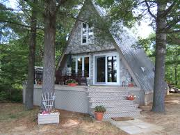 top three reasons to apply cultured stone on muskoka cottages