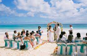 Hawaii how to travel cheap images Making it cheap on your wedding in hawaii wedding and travel blog jpg