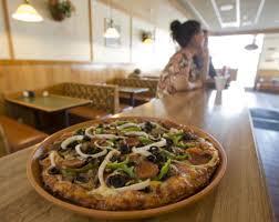 round table pizza rancho santa round table pizza orange county register