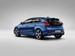 volvo com volvo cars gives the new face of volvo to the v40 volvo car