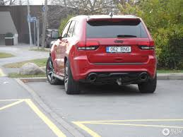 2000 gold jeep grand cherokee jeep grand cherokee srt 8 2013 1 november 2016 autogespot