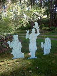 Haunted Outdoor Halloween Decorations by 95 Best Haunted Mansion Party Images On Pinterest Disney