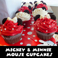 mickey mouse cupcakes m m mickey cupcakes two crafting