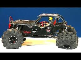 rc adventures compare capo ace 1 black widow wraith axial