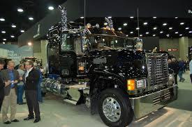 mack trucks photo gallery mack trucks at mats 2015 fleet owner