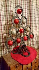 horseshoe ornaments horseshoe christmas tree ideas diy christmas tree craft projects