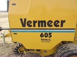 2000 vermeer 605l round baler item ay9488 sold april 15