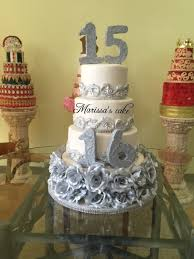 silver roses quinceanera and sweet sixteen cake visit us facebook