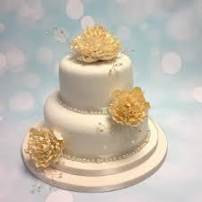 wedding cake exeter crafty cakes exeter wedding cakes in exeter