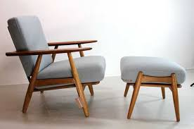 Hans J Wegner Honoured In Centenary Year Design Agenda Phaidon - Hans wegner chair designs