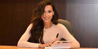 glee u0027s naya rivera discusses battling anorexia as a in her
