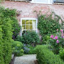 Patio Edging Options by Garden Edging Ideas To Give Your Space A Smart Finish Ideal Home