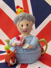queen u0027s 90th birthday tea cosy knitting pattern