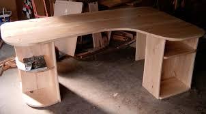 Schreibtisch Aus Holz Schreibtisch Aus Pappelholz Selbst Angefertigt