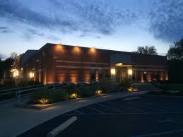 commercial building outside lighting library lighting commercial midwest lightscapes outdoor