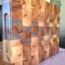 end grain cutting board 2